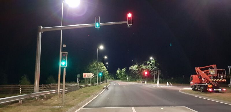 Route safety with traffic signals and VAS